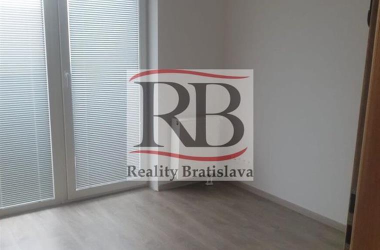 Byt 3+1, Pronájem, Bratislava - Petržalka - Zuzany Chalupovej