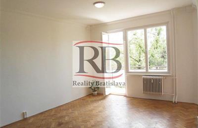 Byt 1+1, Prodej, Bratislava - Ružinov - Radarová
