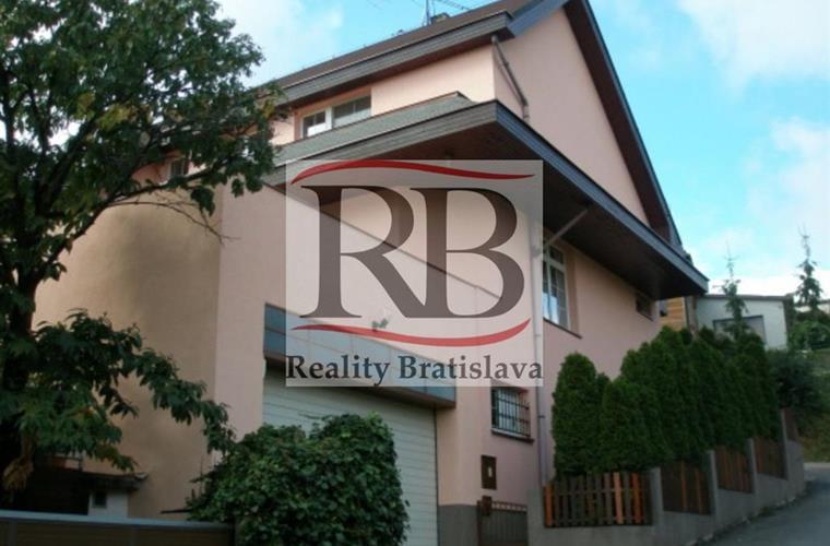 Rodinná vila, Pronájem, Bratislava - Nové Mesto - Ôsma
