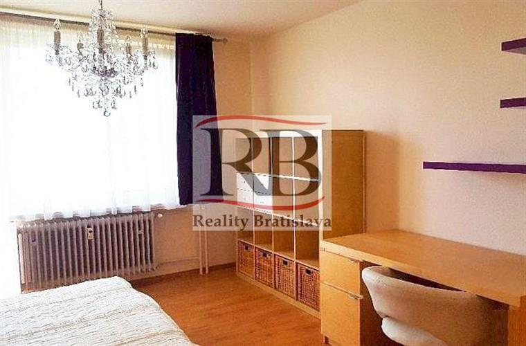 2-Zimmer-Wohnung, Vermietung (Angebot), Bratislava - Ružinov - Martinčekova