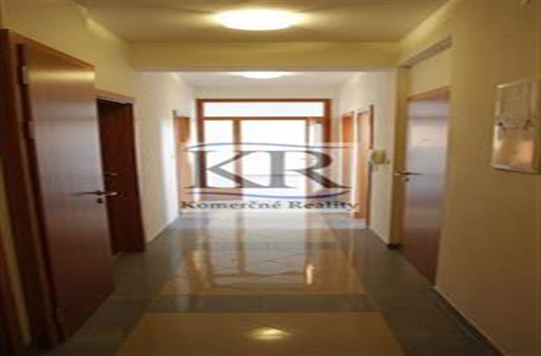 Kancelárie, administratívne priestory, Prenájom, Trnava - Hornopotočná