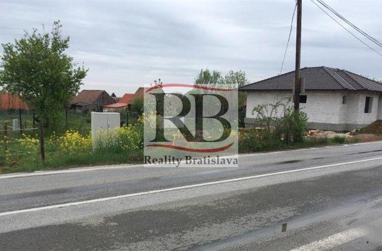 Pozemek pro rodinné domy, Prodej, Doľany