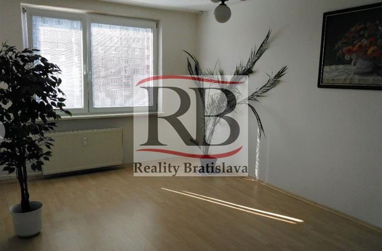 Byt 2+1, Prodej, Bratislava - Ružinov - Rumančeková