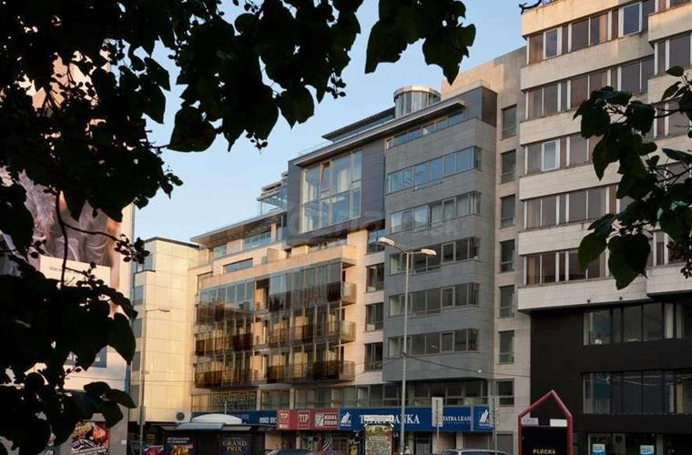 Detached garage, Lease, Bratislava - Staré Mesto - Kamenné nám. - Kamenné námestie úplne centrum BA