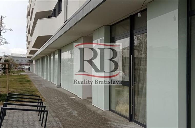 Büros, Verwaltungsräume, Vermietung (Angebot), Bratislava - Petržalka - x