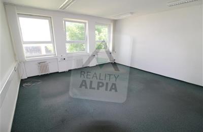 Kanceláře, administrativní prostory, Prodej, Dubnica nad Váhom