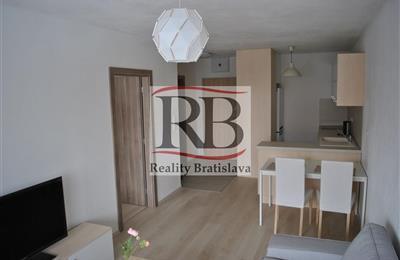 2-Zimmer-Wohnung, Vermietung (Angebot), Bratislava - Petržalka - Muchovo námestie
