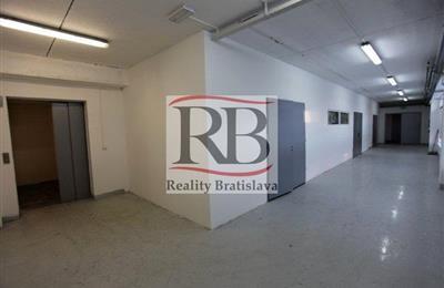 Prostor pro sklad, Pronájem, Bratislava - Nové Mesto - Elektrárenská