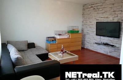 1-izb. byt, Prenájom, Bratislava - Ružinov - Doležalova - Tichá lokalita blízko zástavby menších RD.