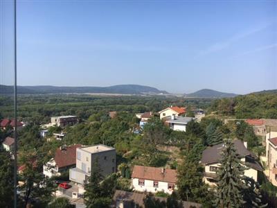 Byt 3+1, Pronájem, Bratislava - Karlova Ves - Jamnického