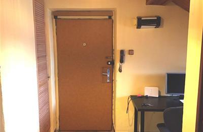 Bez.dvere vstup.JPG