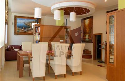 Einfamilienhaus, Verkauf (Angebot), Komárno - Nová Stráž
