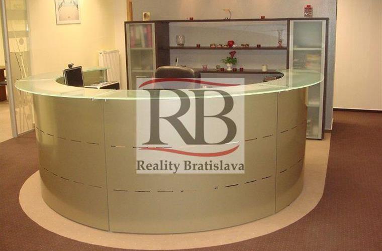 Kanceláře, administrativní prostory, Prodej, Bratislava - Staré Mesto - Mickiewiczova