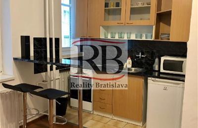 Byt 2+1, Pronájem, Bratislava - Nové Mesto - Bartoškova