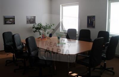 Kanceláře, administrativní prostory, Prodej, Sučany