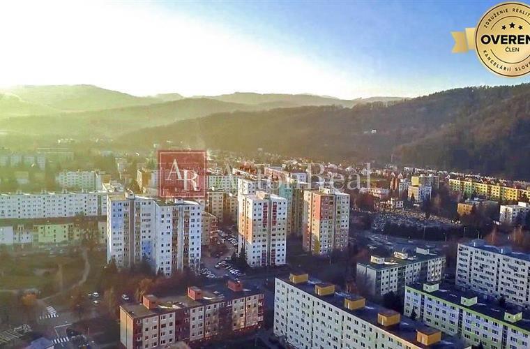 Byt 1+1, Koupě, Púchov - Moravská - Moravská