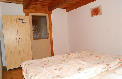 izba 2 na poschodí -2.jpg