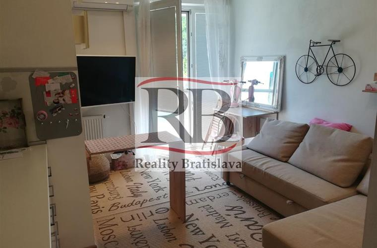 Einraumwohnung, Vermietung (Angebot), Bratislava - Karlova Ves - Staré Grunty