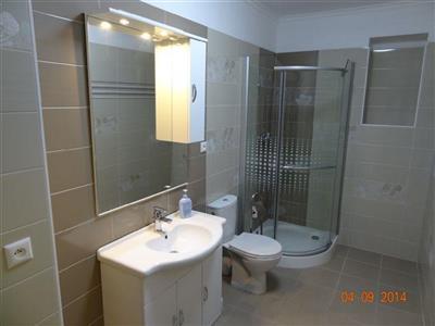 Einfamilienhaus, Vermietung (Angebot), Bratislava - Nové Mesto - Pri Bielom kríži