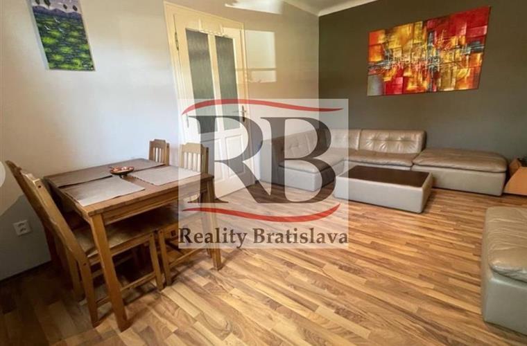 Byt 2+1, Pronájem, Bratislava - Staré Mesto - Žabotova