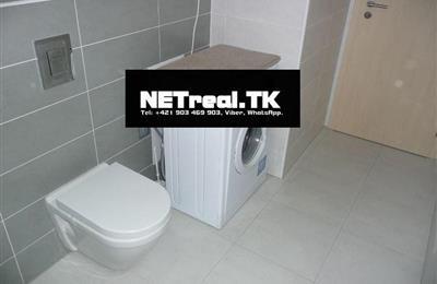 8 WC a pracka.jpg