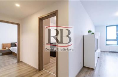 Three-bedroom apartment, Lease, Bratislava - Ružinov - Jarabinková