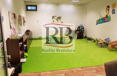 Geschäftsräume, Vermietung (Angebot), Bratislava - Nové Mesto - Račianske mýto